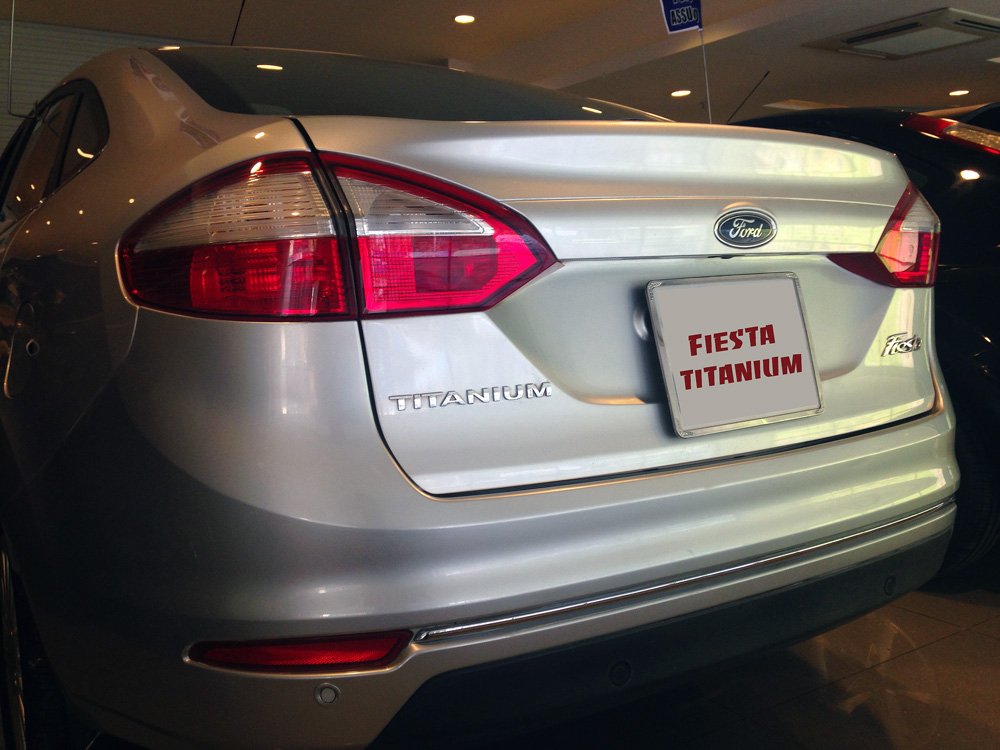 Fiesta titanium bac kho xe (2)