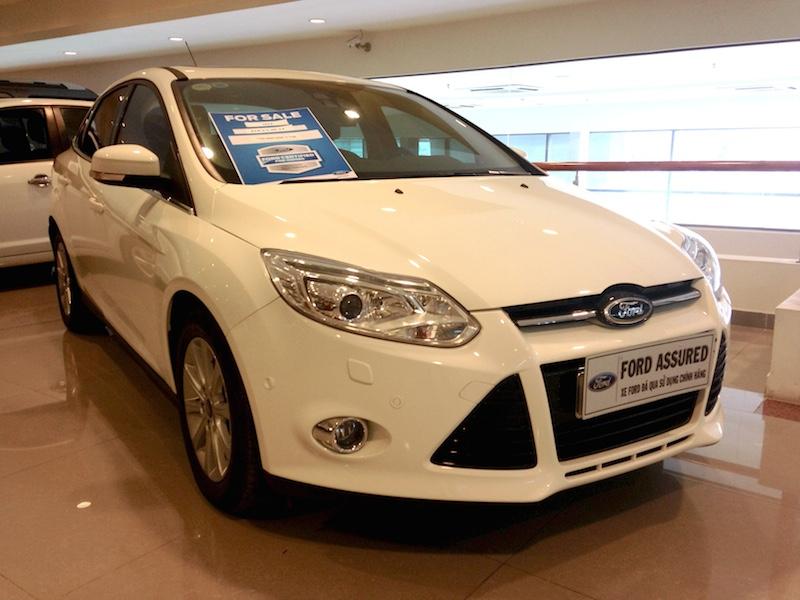 Focus sedan 2014 trắng 2.0 51f